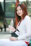femmes d'eau potable Photo libre de droits