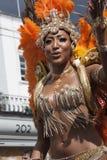 Femmes dans la robe de perle au carnaval de Notting Hill Image libre de droits