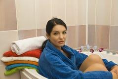 Femmes dans la salle de bains Photographie stock