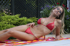 Femmes dans le bikini Images libres de droits