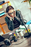 Femmes de hippie dans le bureau Image libre de droits