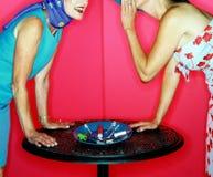 Femmes disant des secrets Image stock