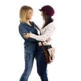 femmes heureuses d'amis jeunes Photo libre de droits