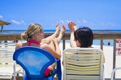 Femmes heureuses des vacances image libre de droits