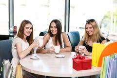 Femmes heureux Photos stock