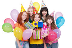 Femmes heureux avec des cadeaux et des ballons Photographie stock libre de droits