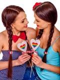 Femmes lesbiennes avec entendu dans le jeu érotique de préliminaires photos libres de droits