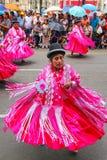Femmes locales exécutant pendant le festival de la Vierge de la Cande Photo stock