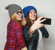 Femmes prenant le selfie Image libre de droits