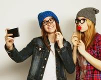 Femmes prenant le selfie Images libres de droits