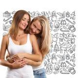 Femmes recherchant des cadeaux de Noël Image stock