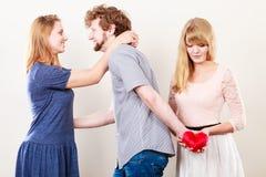 Femmes trahies par homme bel Photo libre de droits