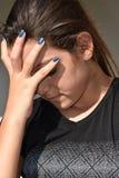 Femmina adolescente ispana stressante fotografia stock libera da diritti