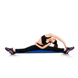 Femmina che fa allungamento sulla forma fisica Fotografie Stock Libere da Diritti