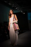 Femmina, salon commercial de mode d'Athènes Images stock