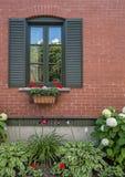 Fenêtre avec des auvents Photos libres de droits