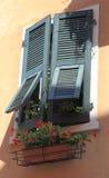 Fenêtre avec le volet Italie Photos stock