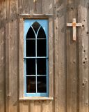 Fenêtre bleue d'église Photographie stock libre de droits