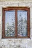 Fenêtre décorative dans Sighisoara Roumanie photographie stock