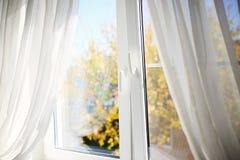 Fenêtre d'automne Image stock