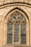 Fenêtre d'un vieux bâtiment historique images stock