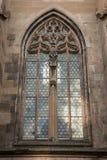 Fenêtre d'un vieux bâtiment historique photographie stock libre de droits