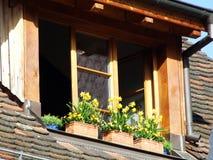 Fenêtre dans le grenier de la vieille maison, Stein am Rhein images libres de droits