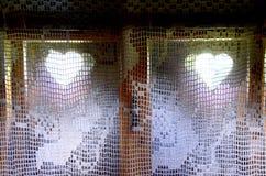 Fenêtre dans un vieux cottage Lemko Photos libres de droits