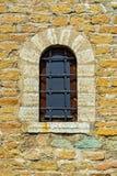 Fenêtre de la vieille forteresse Photographie stock libre de droits