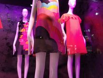 Fenêtre de magasin à la mode de NYC, Manhattan, New York City, NY, Etats-Unis Photos libres de droits
