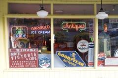 Fenêtre de magasin antique Photo libre de droits