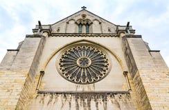 Fenêtre de Rose du côté de St Maurice Cathedral Angers, Fran Photos stock