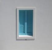 Fenêtre de turquoise, Italie Photos stock