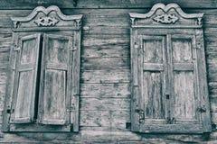 Fenêtre en bois vieille image stock