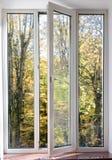 Fenêtre en plastique de vinyle Photo libre de droits