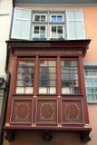 Fenêtre en saillie rouge photo libre de droits