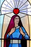 Fenêtre en verre teinté californienne de mission photos stock