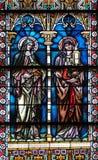Fenêtre en verre teinté dans la cathédrale de Saint-Nicolas en Novo Mesto, Slovénie photo stock