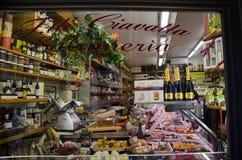 Fenêtre italienne d'épicerie Image libre de droits