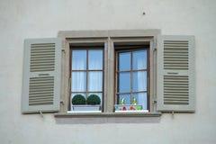 Fenêtre sur la rue Image libre de droits