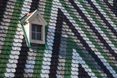 Fenêtre sur le toit de la cathédrale de St Stephen à Vienne, Aus Photographie stock