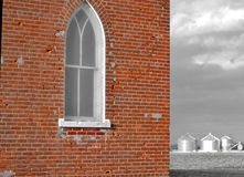Fenêtre sur les terres cultivables Photographie stock libre de droits