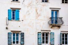 Fenêtres bleues de Piran Images libres de droits