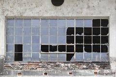 Fenêtres cassées Photographie stock