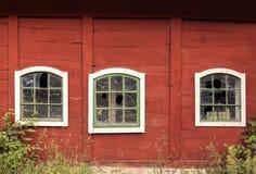 Fenêtres cassées de ferme Photographie stock
