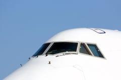 Fenêtres d'habitacle d'avion de ligne Photographie stock