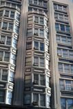 Fenêtres d'immeuble à Portland, Orégon photographie stock libre de droits