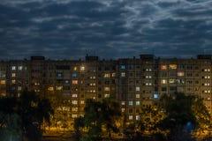 Fenêtres de nuit Photos libres de droits