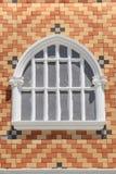 Fenêtres de vintage sur le mur de briques Image stock