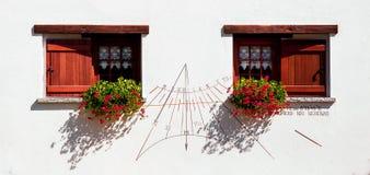Fenêtres fleuries Image stock